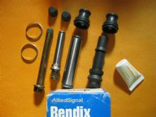 VOLVO 740,760,780 GENUINE BENDIX BRAKE CALIPER GUIDE PIN SLIDER KIT -B339940